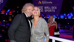 So süß schwärmen Thomas Gottschalk und Freundin voneinander