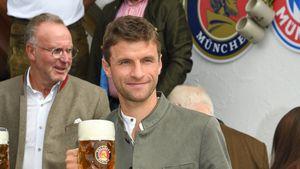 Thomas Müller und Co.: Die Bayern-Stars feiern auf der Wiesn