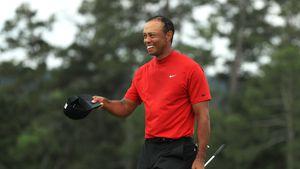 Profi-Golfer Tiger Woods: Liebes-Outing im Partner-Look!