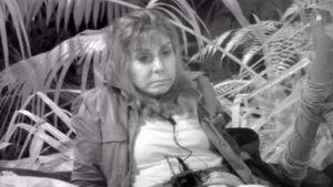 Dschungel-Tina: Das steckt hinter dem Offenen-Augen-Schlaf!