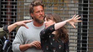 Travis Fimmel und Lena Dunham bei Dreharbeiten in New York
