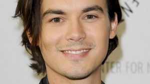 "Tyler Blackburn: Rückkehr zu ""Pretty Little Liars"""