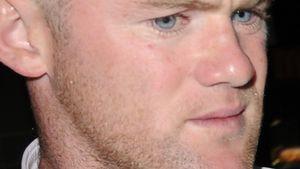 Alkohol am Steuer? Fußballstar Wayne Rooney wurde verhaftet!