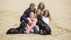König Willem-Alexander & Maxima: Mit ihren Töchtern am Meer