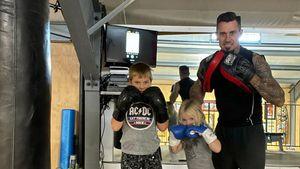 Pinks Mann Carey Hart bringt seinen Kindern Thaiboxen bei!