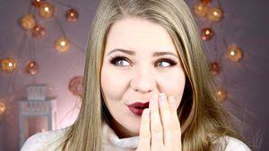 Youtuberin DominoKati vor ihrem Videohintergrund Anfang 2017