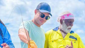 Nach OP-Verdacht: Zac Efron versteckt Gesicht auf neuem Foto