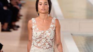 Model-Debüt: Zoe Kravitz fast nackt auf dem Laufsteg