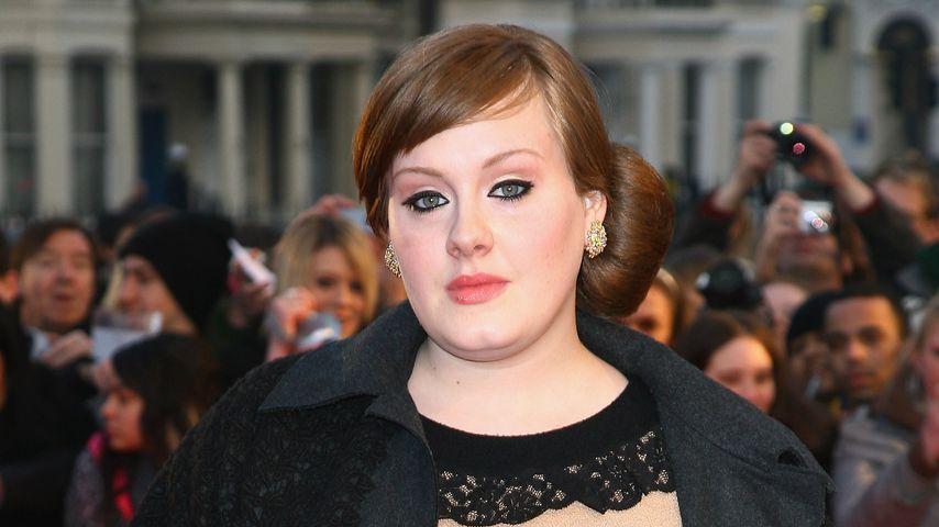 Adele im Februar 2008