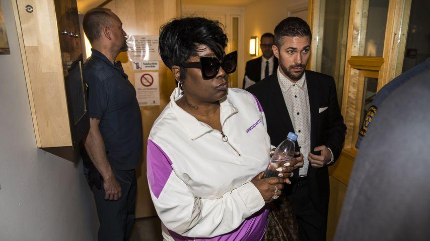Renee Black beim Gerichtsprozess ihres Sohnes A$AP Rocky