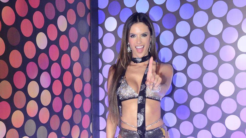 Alessandra Ambrosio beim Karneval in Rio