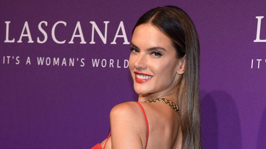 Auf Fashion Week: Alessandra Ambrosio verzaubert sie alle!