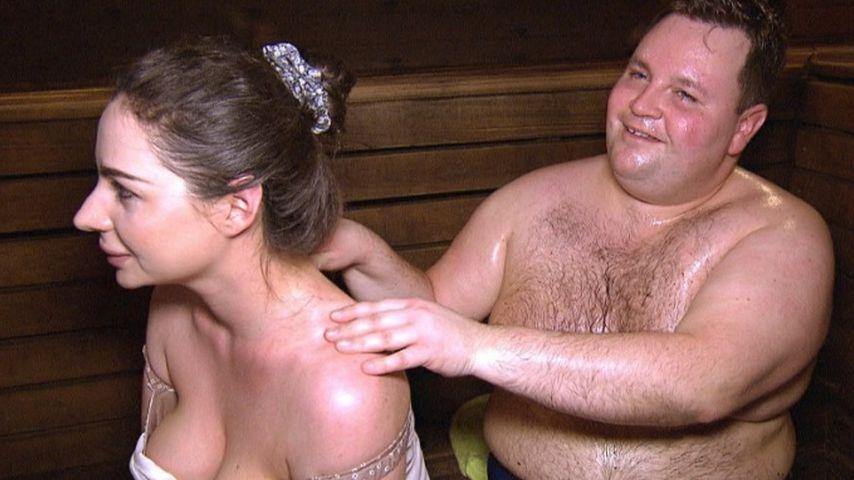 """In der Sauna: Heißestes """"Traumfrau gesucht""""-Date ever!"""
