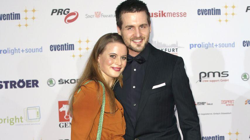 """Alexander Klaws mit Freundin Nadja bei der Verleihung der """"PRG LEA""""-Awards in Frankfurt am Main"""