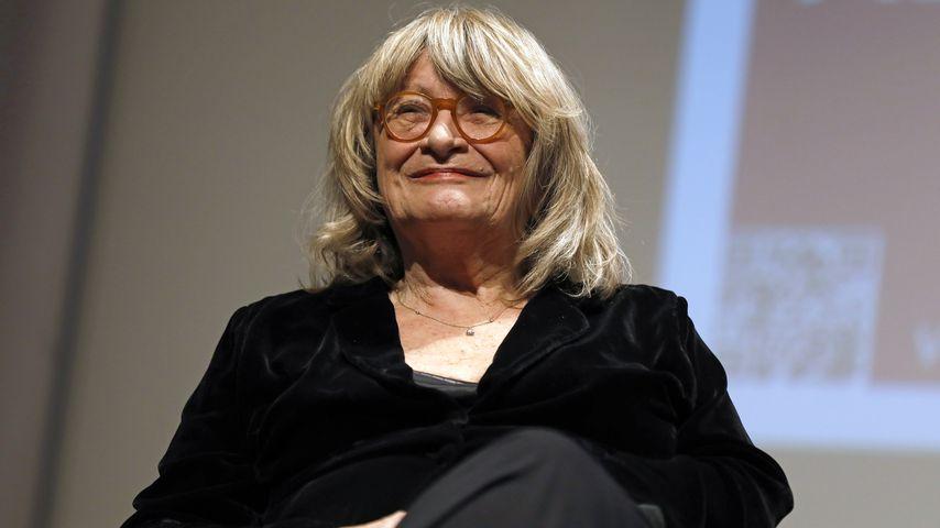 Alice Schwarzer bei einem Podiumsgespräch in Köln