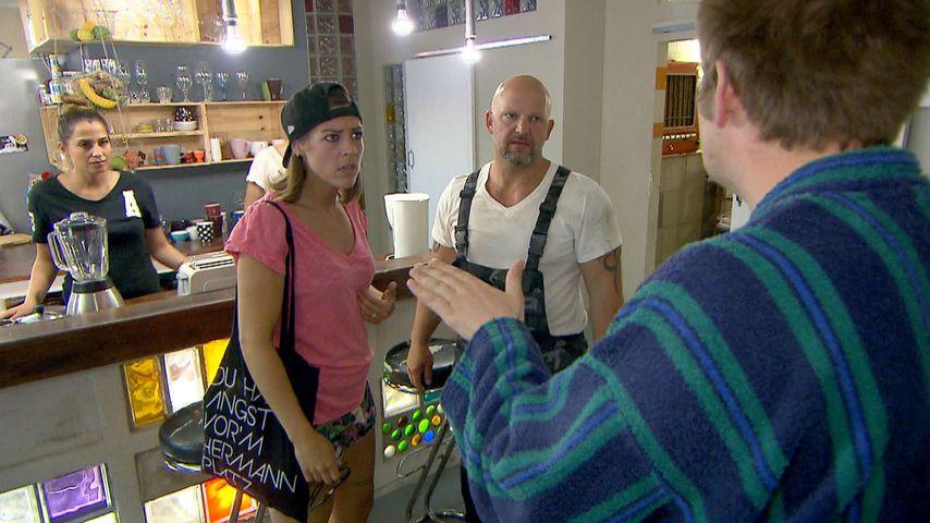 "Alina (Saskia Beecks), Ole (Falko Ochsenknecht) und Joe (Lutz Schweigel) bei ""Berlin - Tag & Nacht"""