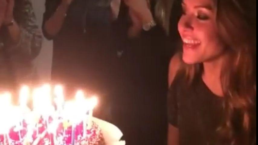 Heimat-Stopp: Single Alisa feiert fröhlich ihren Geburtstag