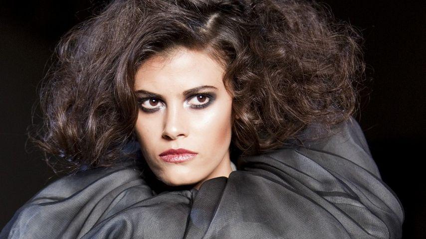 GNTM-Alisar zeigt blanken Busen auf Fashion Week