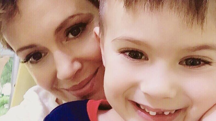 Schauspielerin Alyssa Milano mit ihrem Sohn Milo Thomas Bugliari