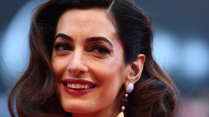 """Amal Clooney bei der """"Suburbicon""""-Premiere"""