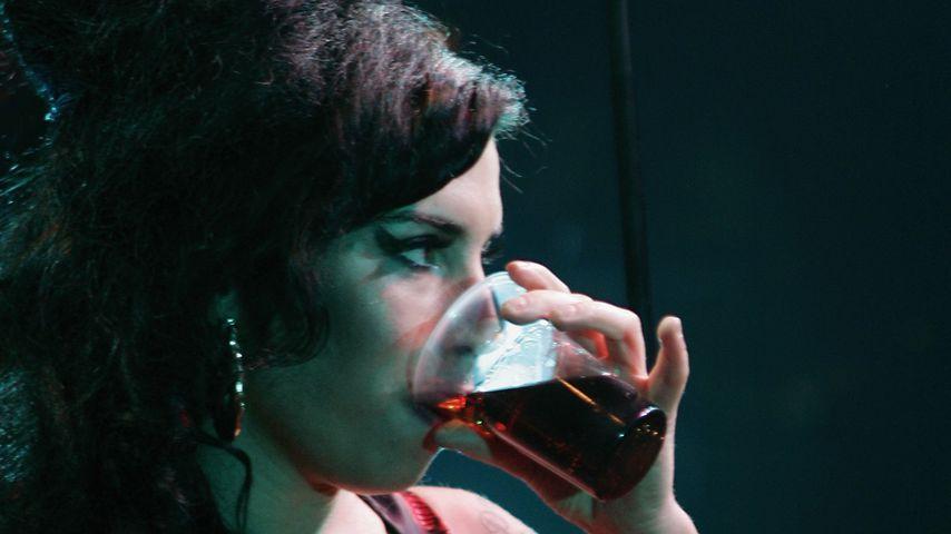 Amy Winehouse im November 2006