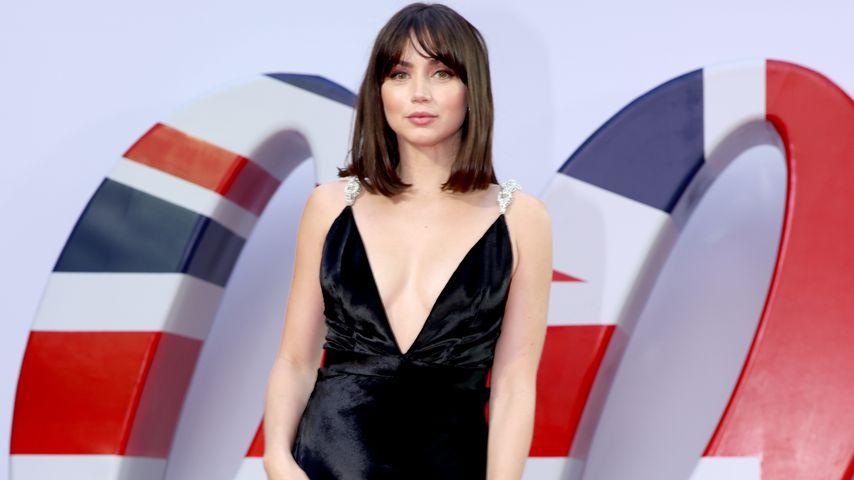 """Ana de Armas bei der """"James Bond 007: Keine Zeit zu sterben""""-Premiere, September 2021"""