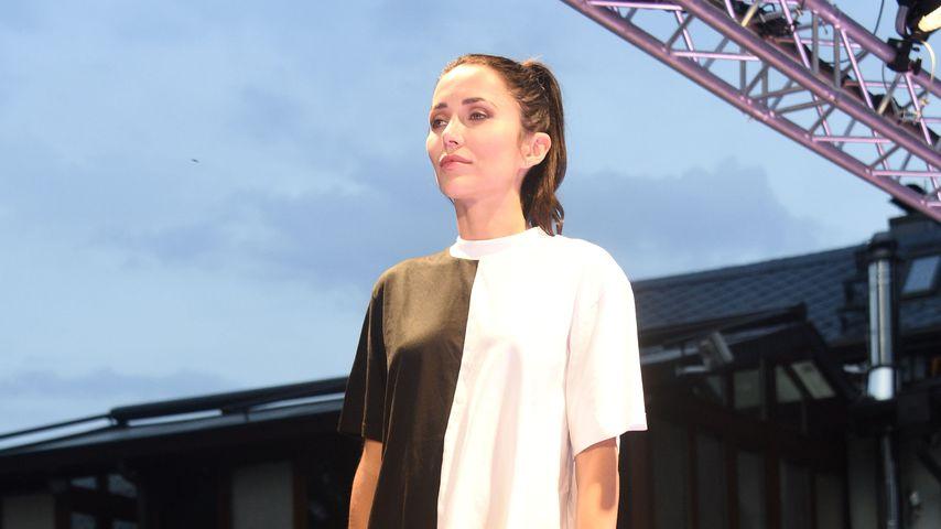 Anastasiya Avilova bei der Dr.Sindsen-Fashionshow