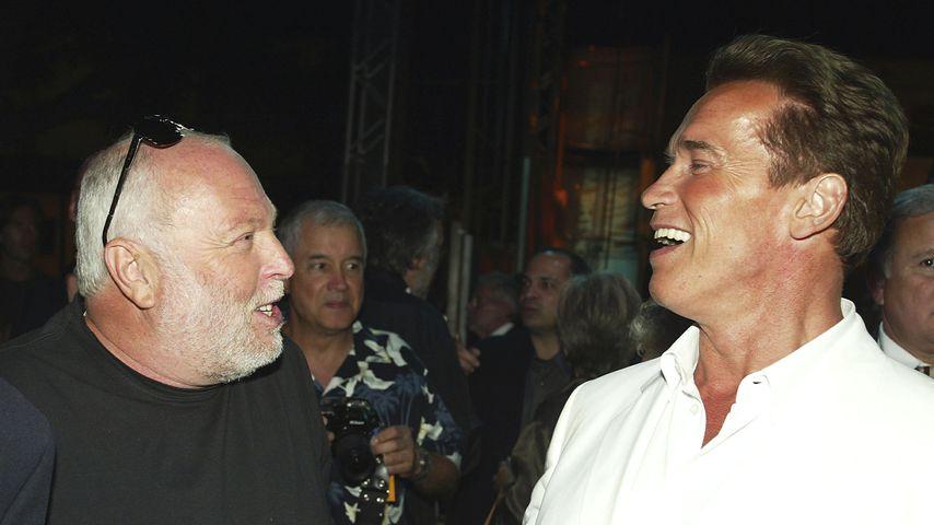 Andrew G. Vajna und Arnold Schwarzenegger in Los Angeles, Juni 2003