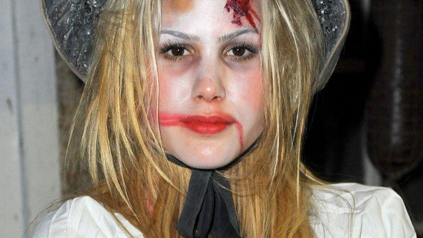 Huch! Wer hat denn Angelina Heger so zugerichtet?