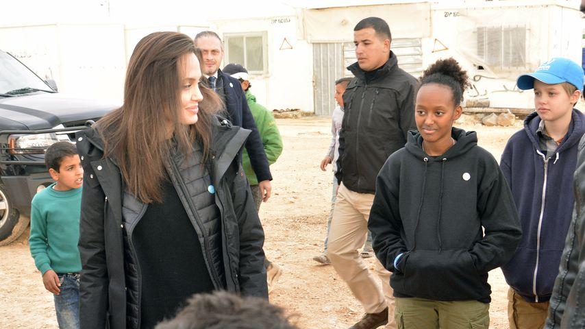Angelina Jolie und ihre Töchter Zahara und Shiloh in Jordanien
