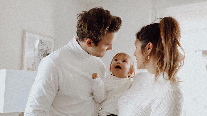 Anna Maria Damm mit Partner Julian und Tochter Eliana im November 2019
