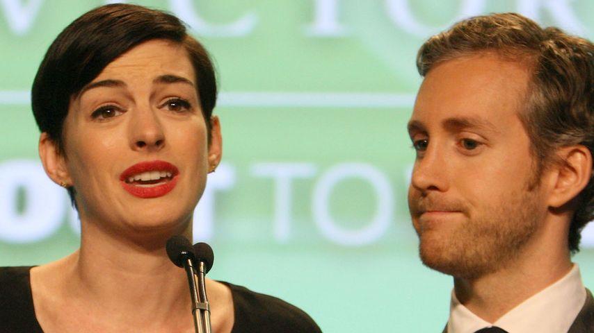 Emotional! Anne Hathaway kämpft gegen Tränen an