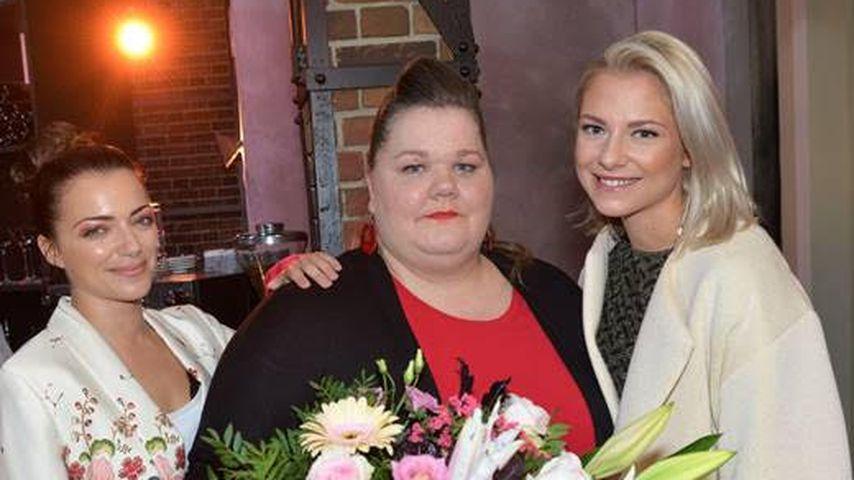 Anne Menden, Manuela Wisbeck und Valentina Pahde am GZSZ-Set