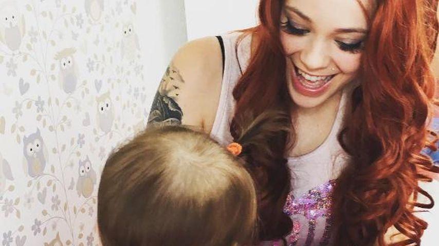 Anne Wünsche mit ihrer Tochter