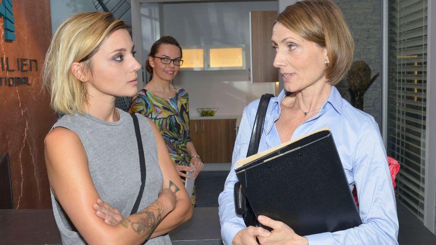 Anni (Linda Marlen Runge) und Rosa (Joana Schürmer) bei GZSZ