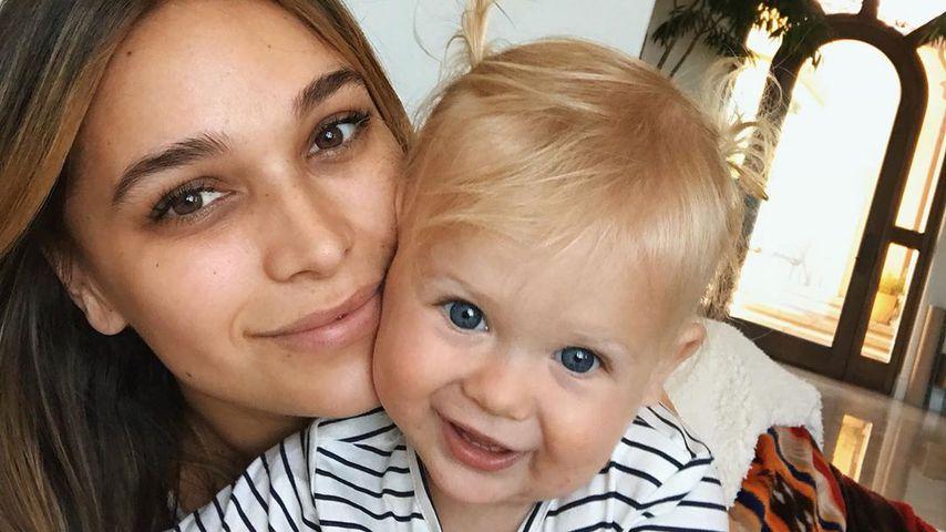 Baby futtert Chips: Shitstorm für Robin Thickes Freundin