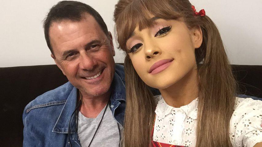Ariana Grande im Dezember 2016 mit ihrem Vater Edward Butera