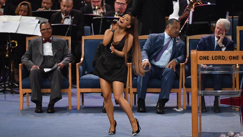 Ariana & Co.: Erste Bilder von Aretha Franklins Trauerfeier