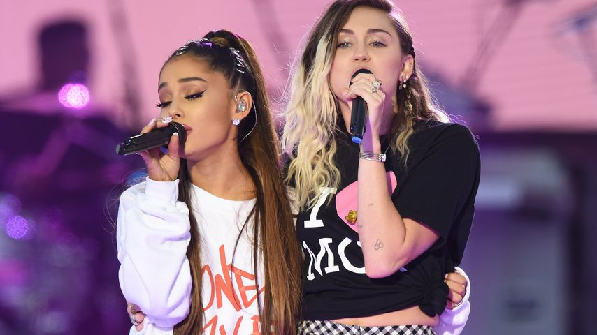 Süße Knödel? Ariana Grande im Miley-Cyrus-Gedächtnislook
