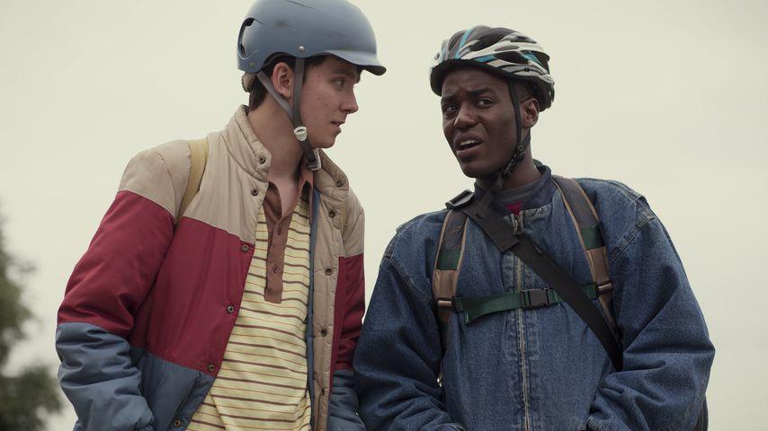 """Asa Butterfield und Ncuti Gatwa in einer Szene von """"Sex Education"""""""