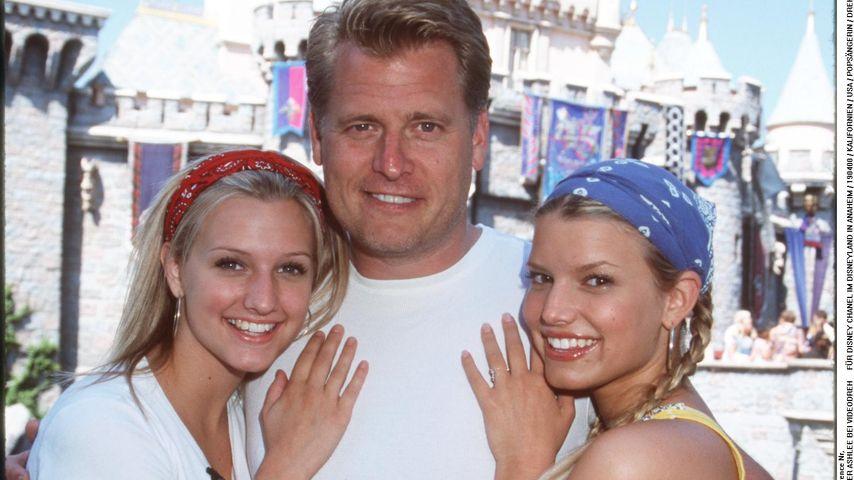 Ashlee, Joe und Jessica Simpson beim Videodreh im Disneyland