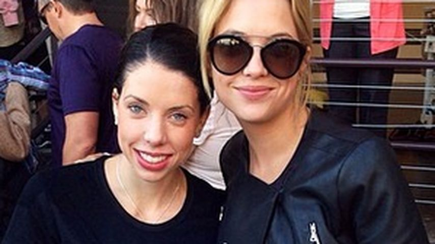 Sister-Act: Ashley Benson zeigt ihre Schwester