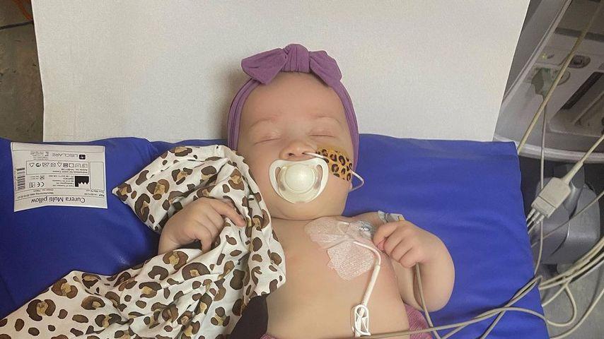 Ashley Cains Tochter Azaylia vor ihrer OP, Dezember 2020