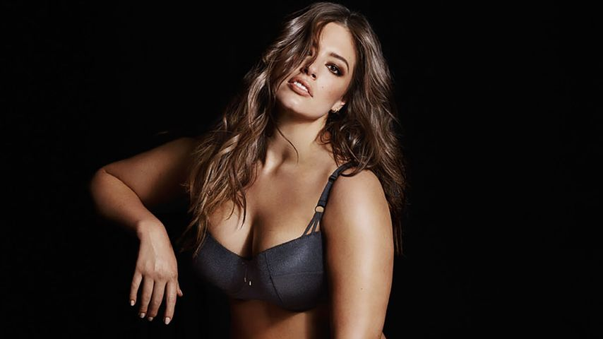 "Ashley Graham in einer Unterwäschen-Kampagne der Marke ""Addition Elle"""