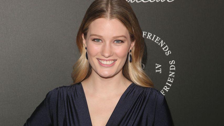 Ashley Hinshaw, Schauspielerin