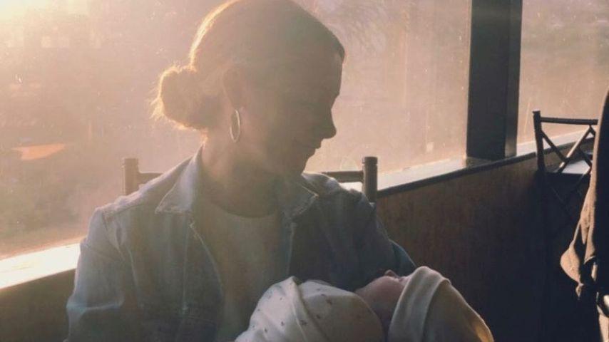 Ashley Tisdale und ihre Tochter im Juni 2021
