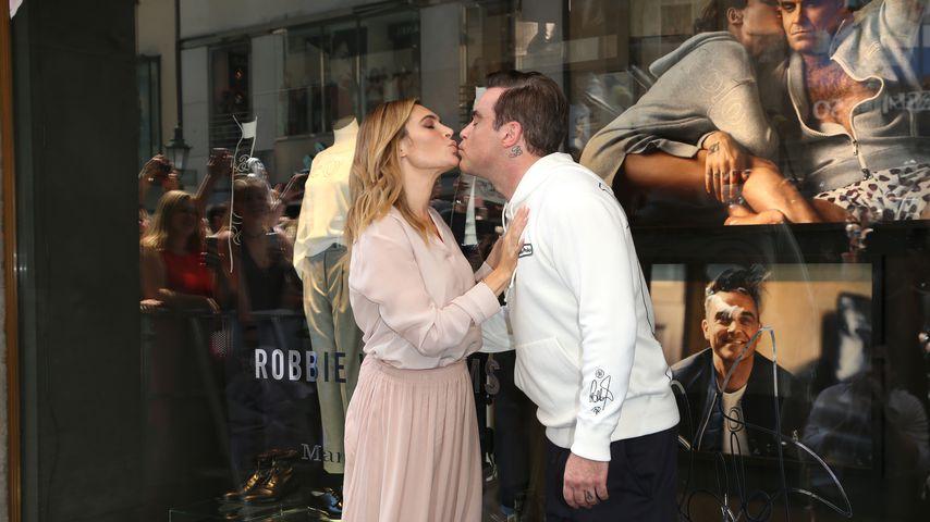 Verflixtes 7. Ehejahr? So verliebt ist Robbie Williams