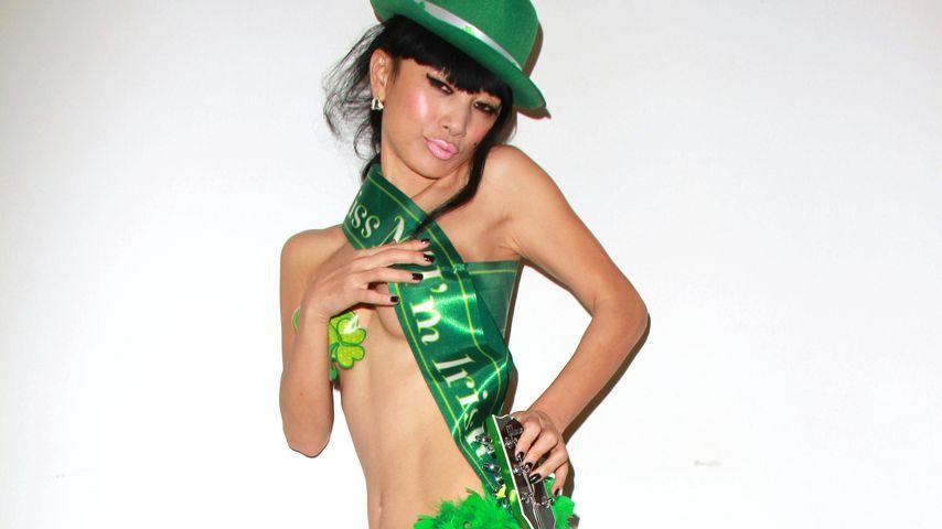 Knackig grün: Bai Ling feiert St. Patrick's Day