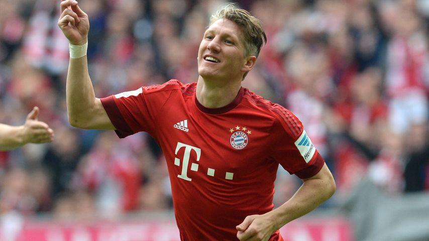 Ab auf die Insel! WM-Held Schweini verlässt Bayern München