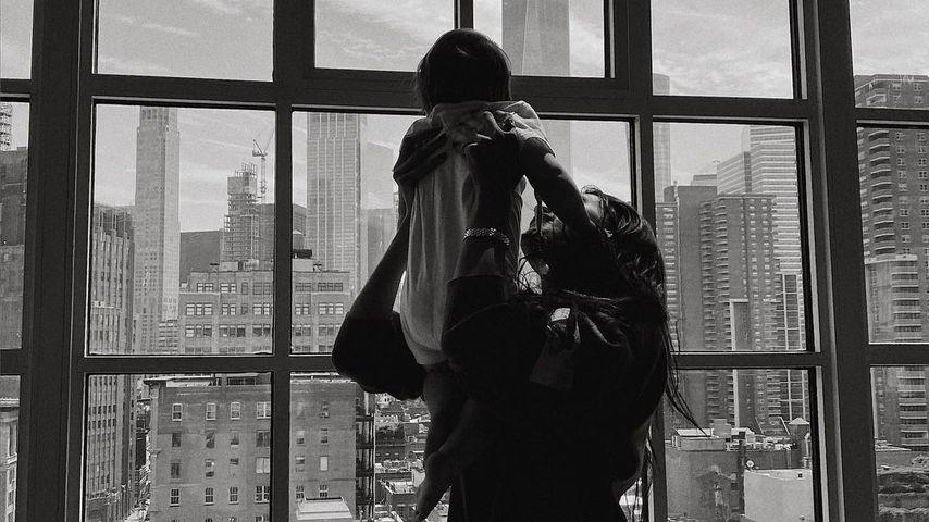 Bella Hadid und Gigis Tochter Khai, 2021